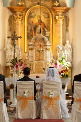 Kirchensteuer Kirchenaustritt heiraten